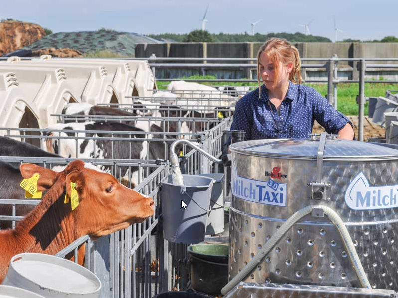 Colostrum milk for an optimal growth