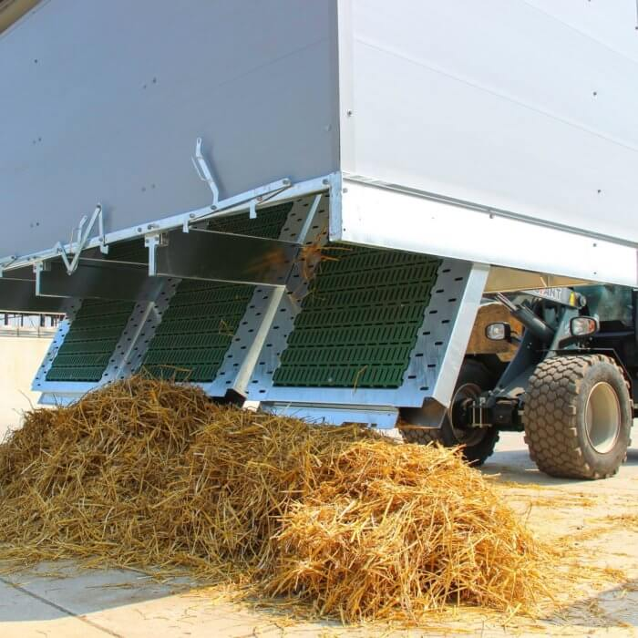 2 Trio Easy Clean Calf Hutches in Germany
